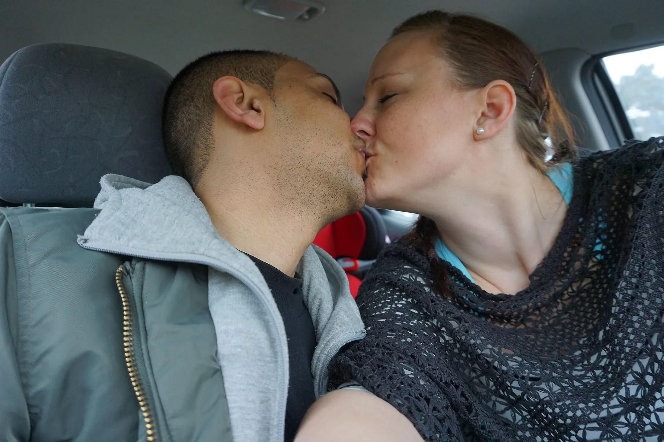 Dating någon med epilepsi Dejting läder byxor
