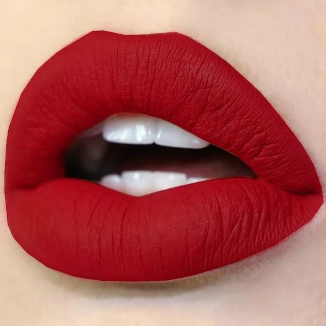El invierno con labios rojos es menos invierno