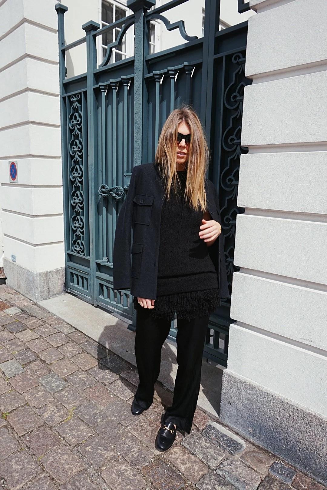 GOING ALL BLACK