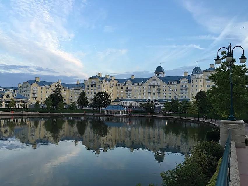 Newport Bay Club - Deluxe hotell på Disneyland Paris (EuroDisney)