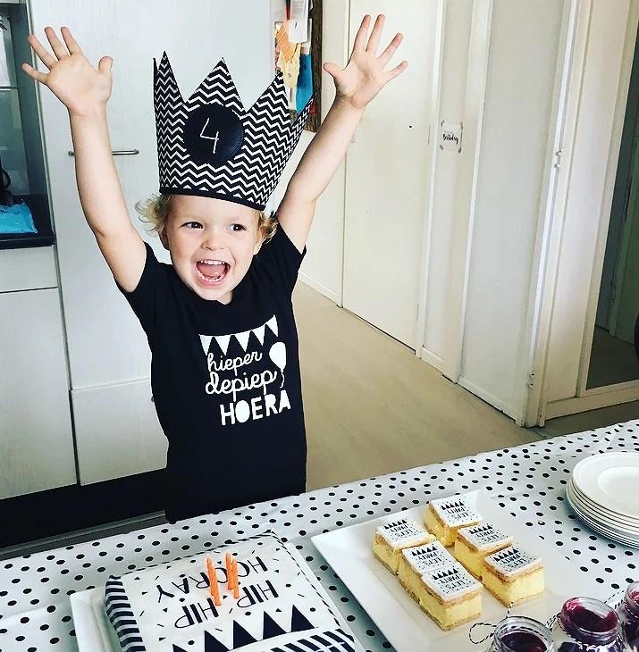 Verjaardag en zwart wit taart Hema