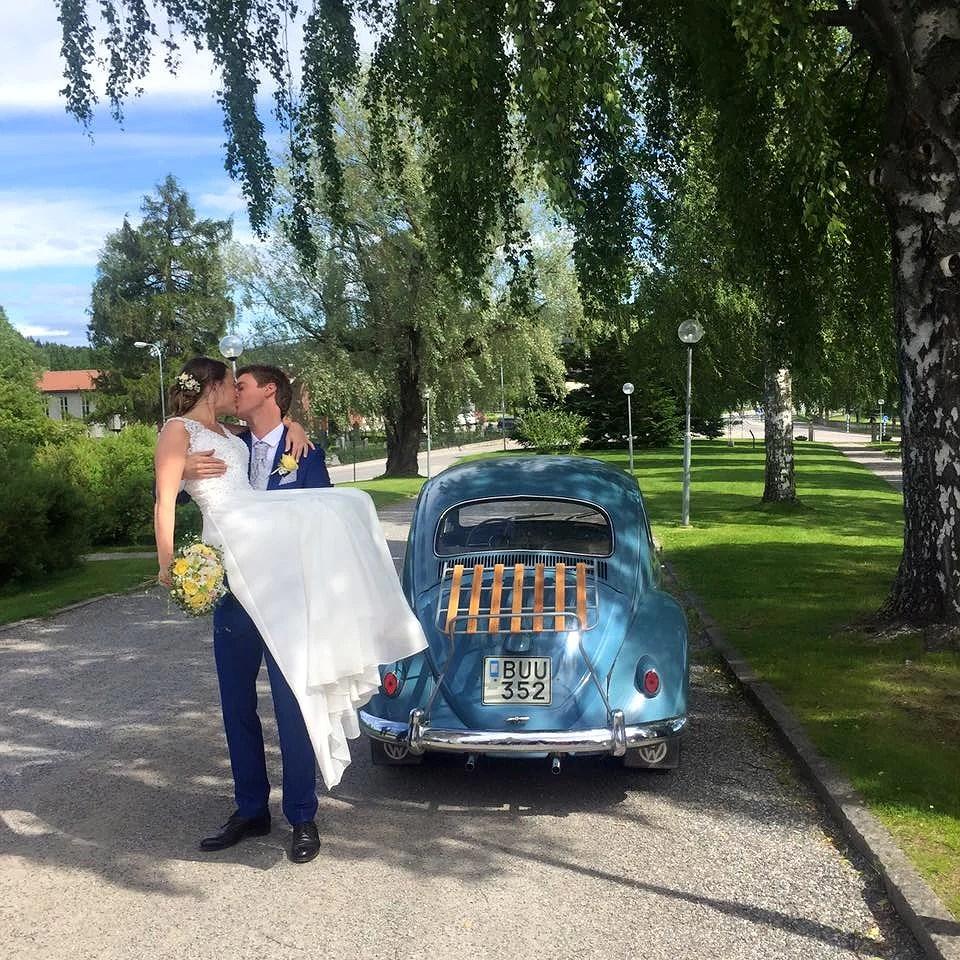 SATURDAYS WEDDING