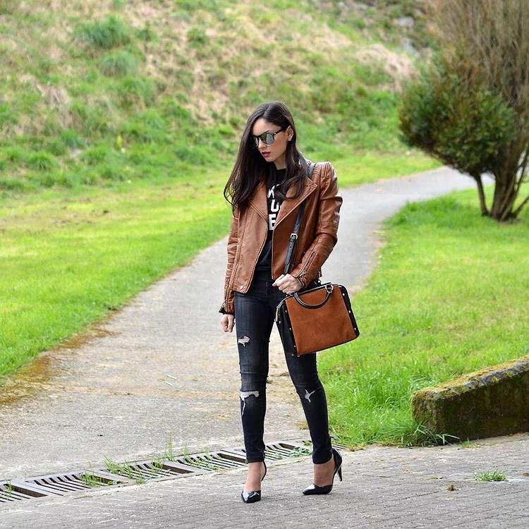 Zara_ootd_outfit_sheinside_leather_woke_up_like_heels_jeans_05