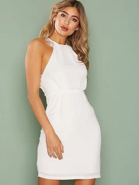 Vill ha en klänning som inte sitter åt under armhållorna e05031b8dde9a