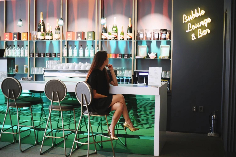 neon bar (2)