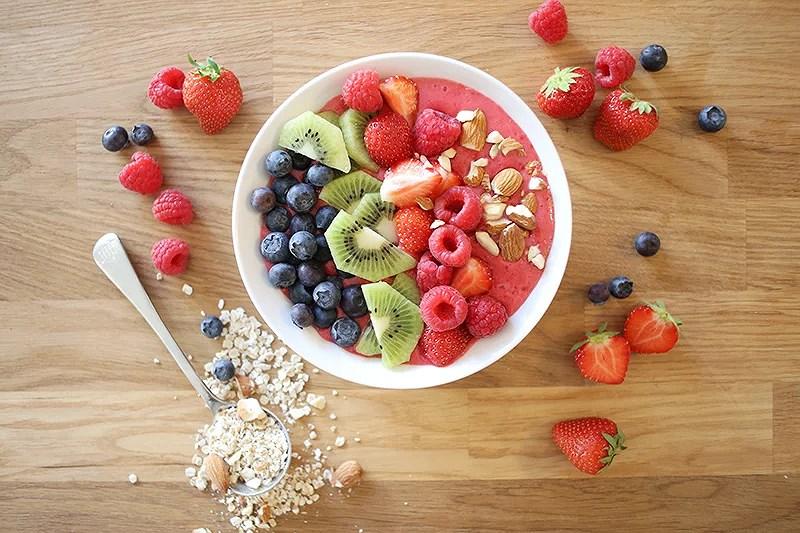 smoothie bowl breakfast krist.in fruit
