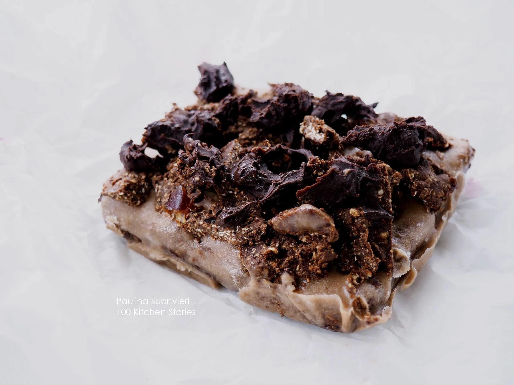 Vegan Brownie with Ice Cream, Brownie Bites and Chocolate