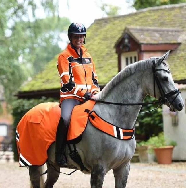 Dags att uppdatera hästens reflexgarderoben