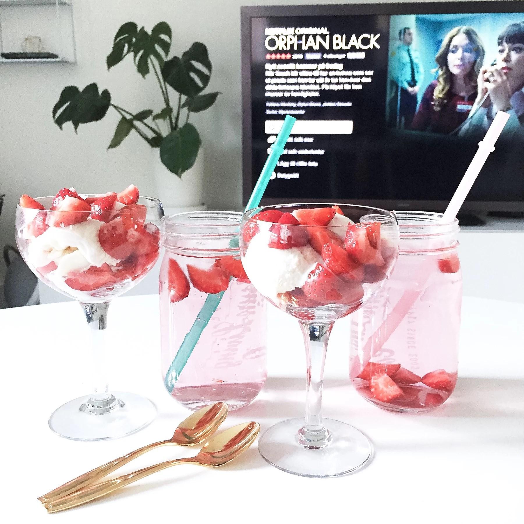 Jordgubbar & (sockerfri) glass!