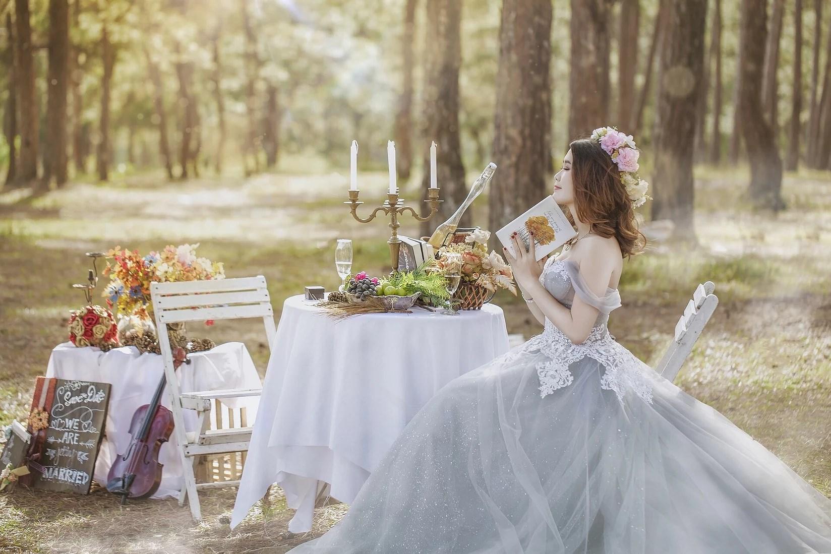 Det är inte ett aprilskämt längre - vi SKA gifta oss