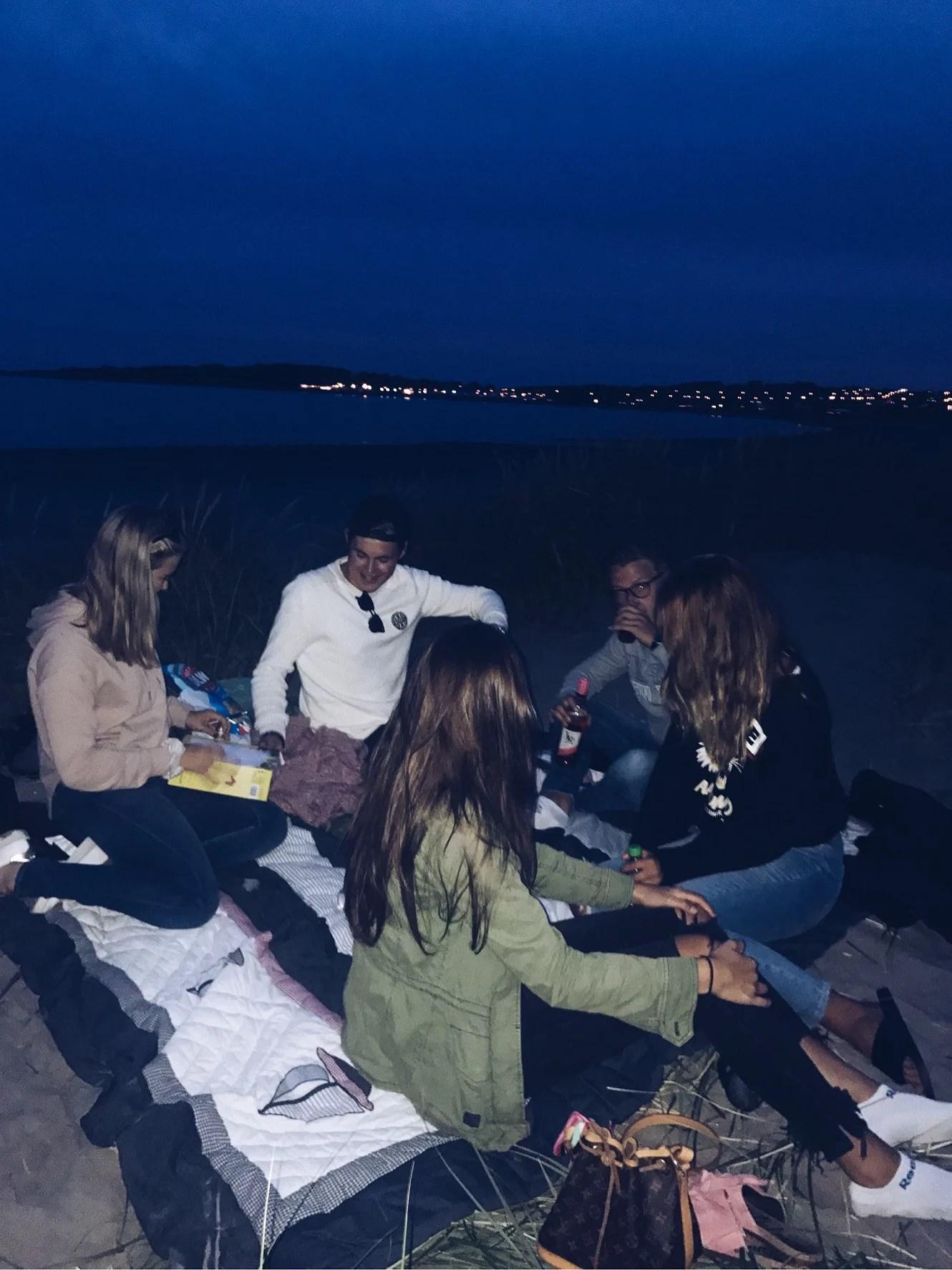 KVÄLLEN BJÖD PÅ...