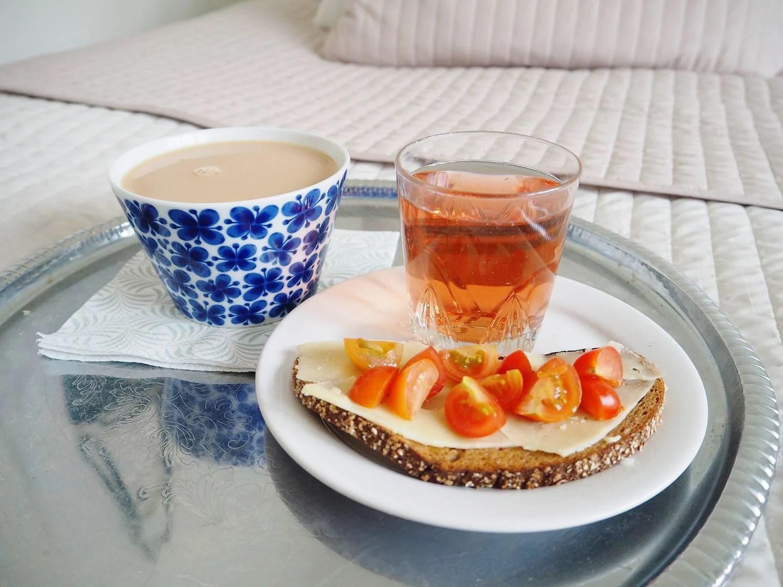tiny breakfast