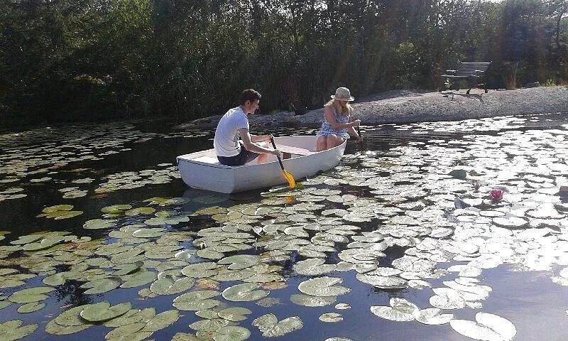 Tiny tiny boat