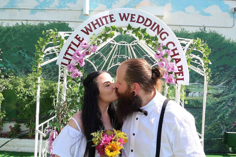 Viva Las Vegas Wedding!