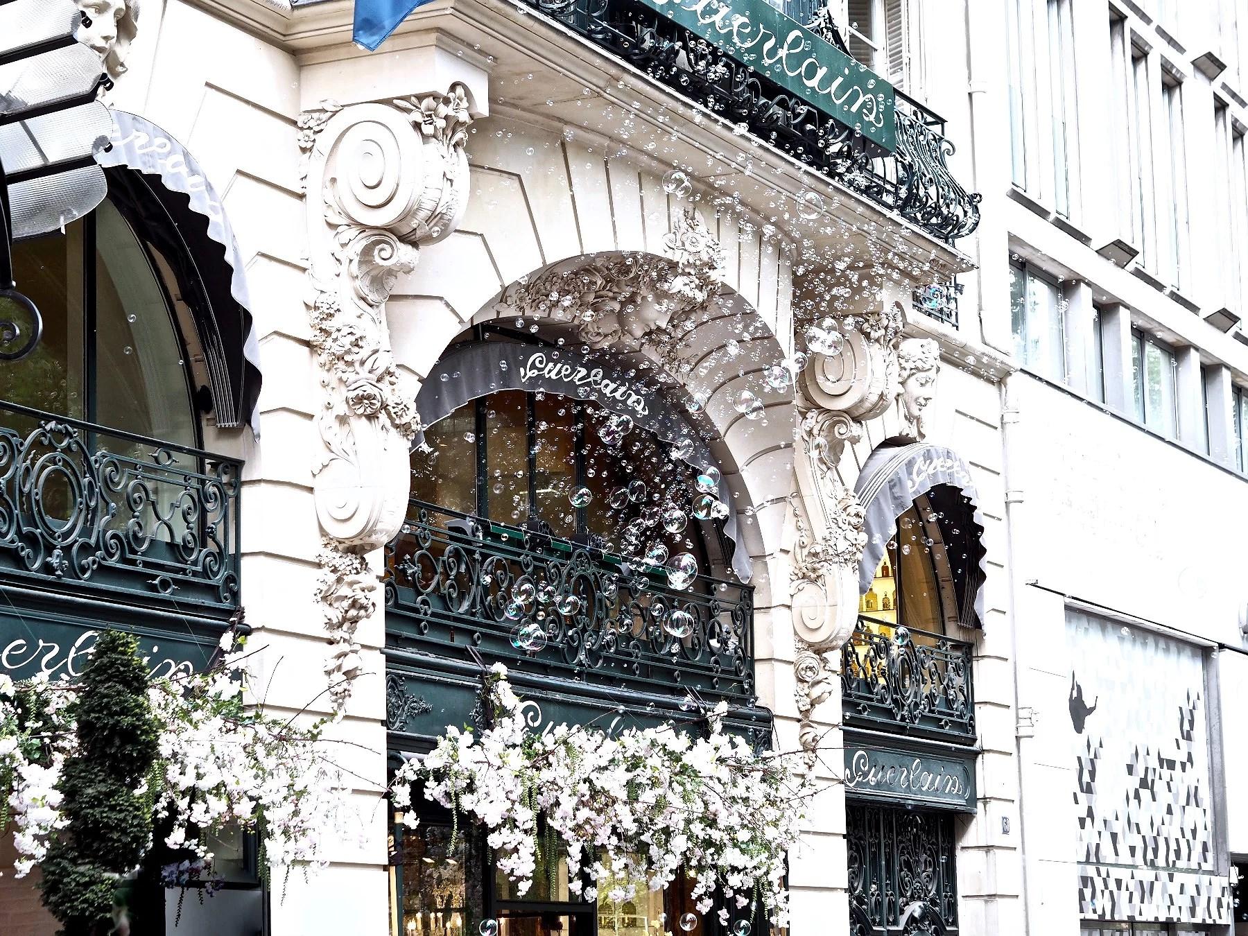 A stroll through Champs-Elysées