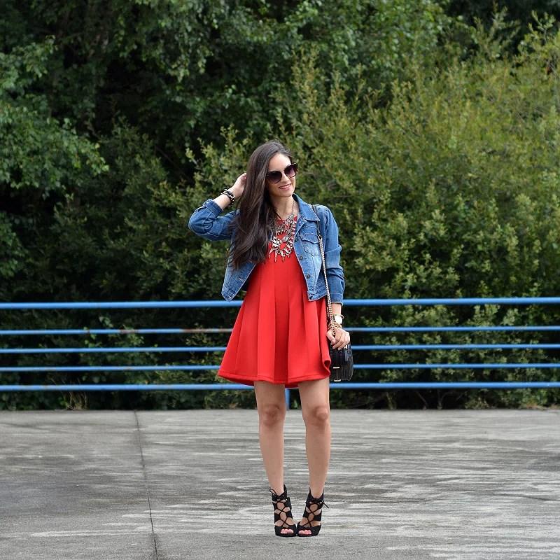 zara_abaday_ootd_outfit_vestido_rojo_denim_04