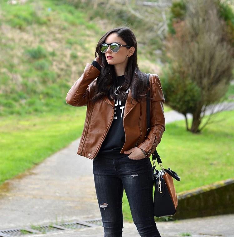Zara_ootd_outfit_sheinside_leather_woke_up_like_heels_jeans_07