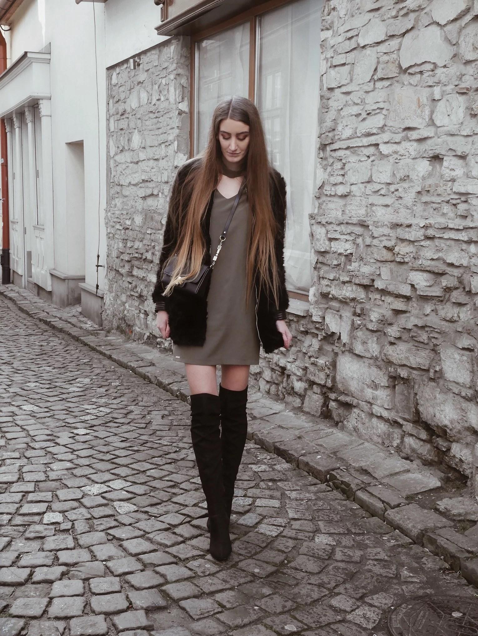 OOTD sukienka khaki  i kozaki za kolano