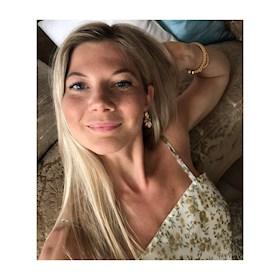 bella_adele