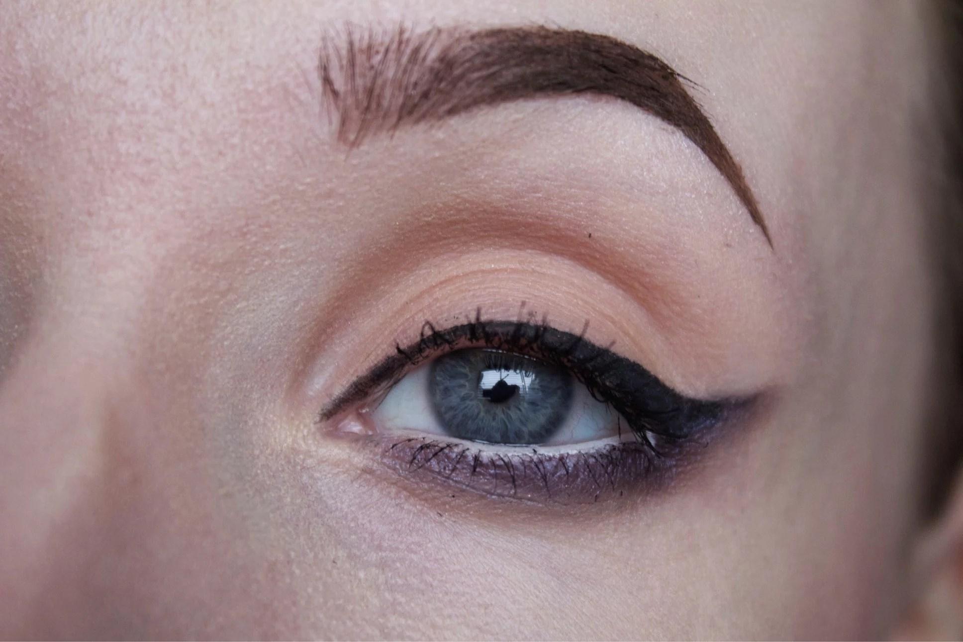 Makeup look: Dark purple