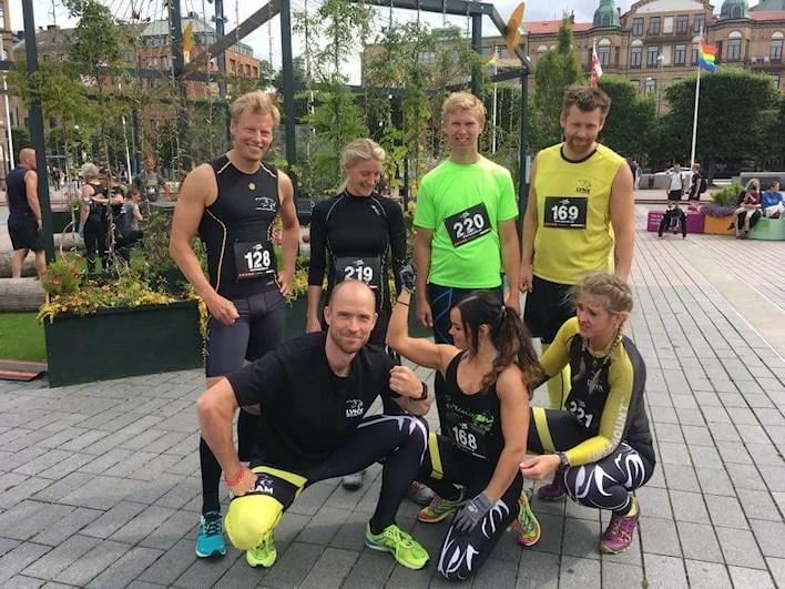 ny ledsagare amatör- nära Göteborg