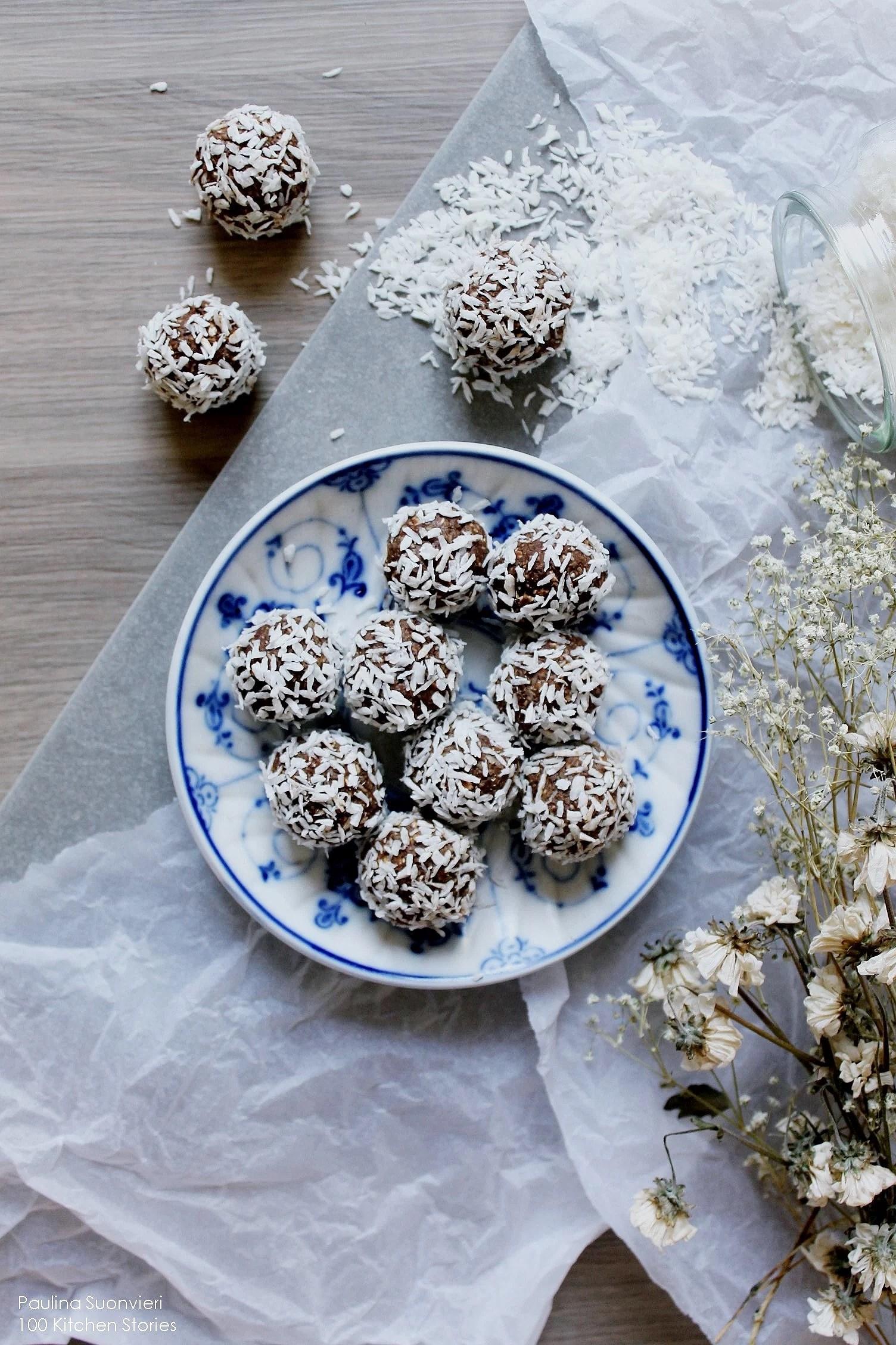 The Swedish Chocolate Ball Day + My Healthified Raw Vegan Recipe