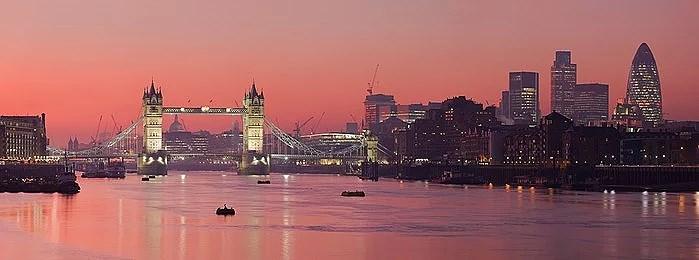Bokat resa till London!