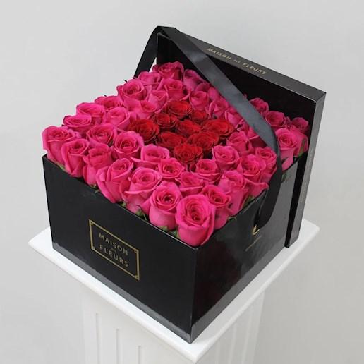 micaela maison des fleurs. Black Bedroom Furniture Sets. Home Design Ideas