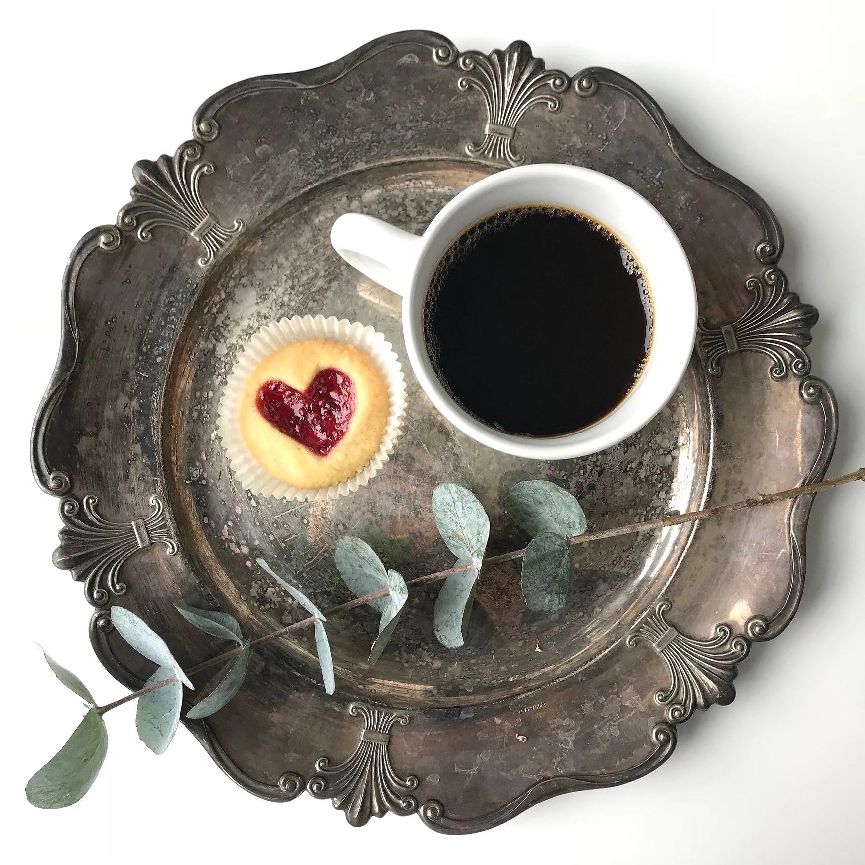 Hallongrottor. Hjärtan. Tips farsdag. Alla hjärtans dag kakor.