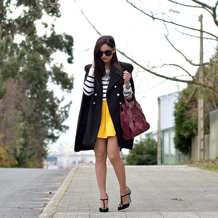 zara_yoins_capa_cape_menbur_amarillo_outfit_ootd_burdeos_02