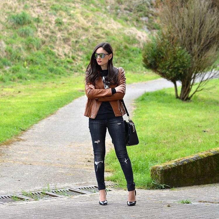Zara_ootd_outfit_sheinside_leather_woke_up_like_heels_jeans_08