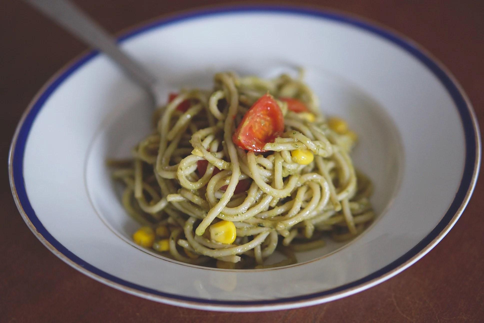 Creamy Avocado Pasta (Vegan)