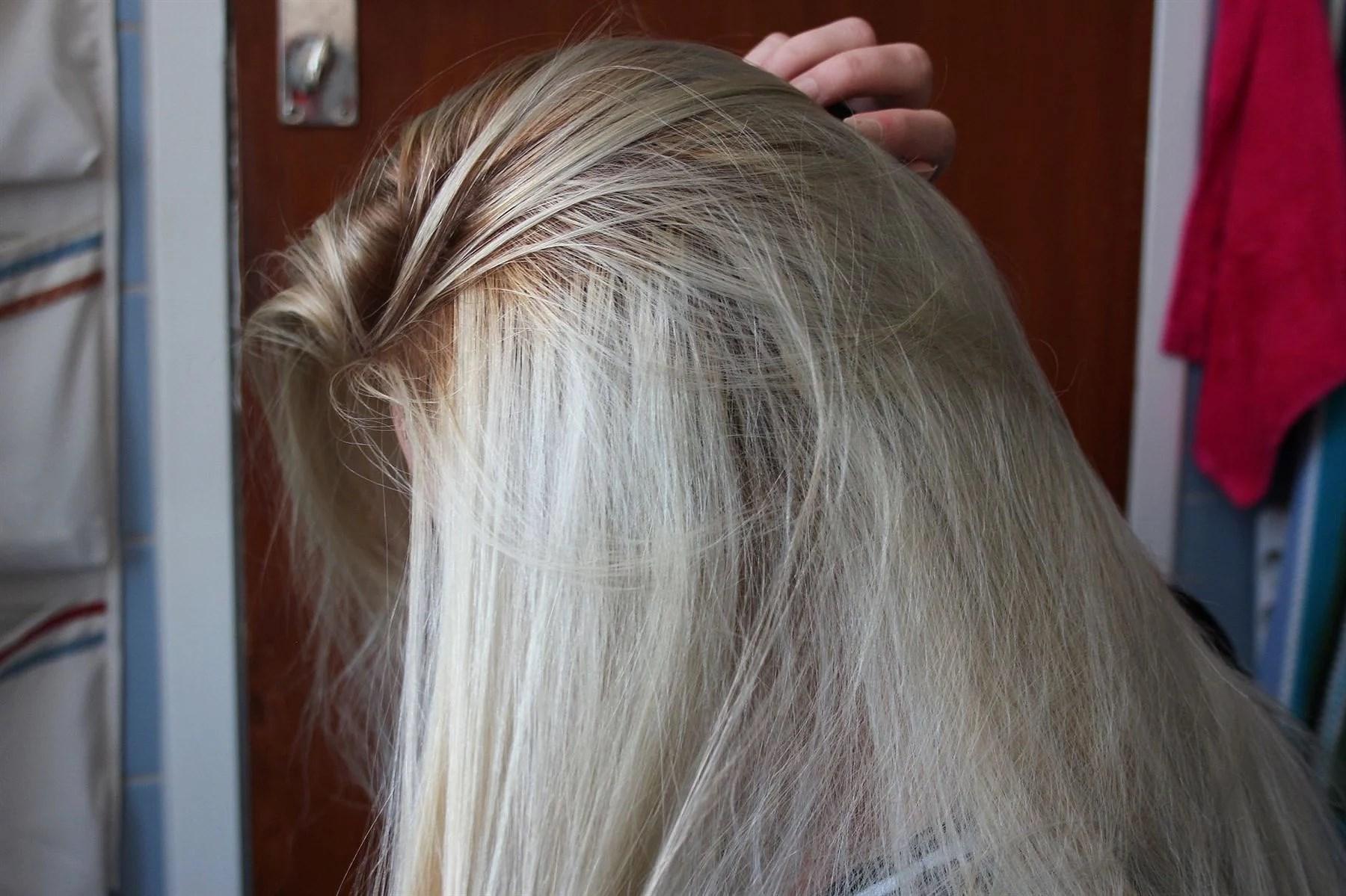 gult hår ketchup