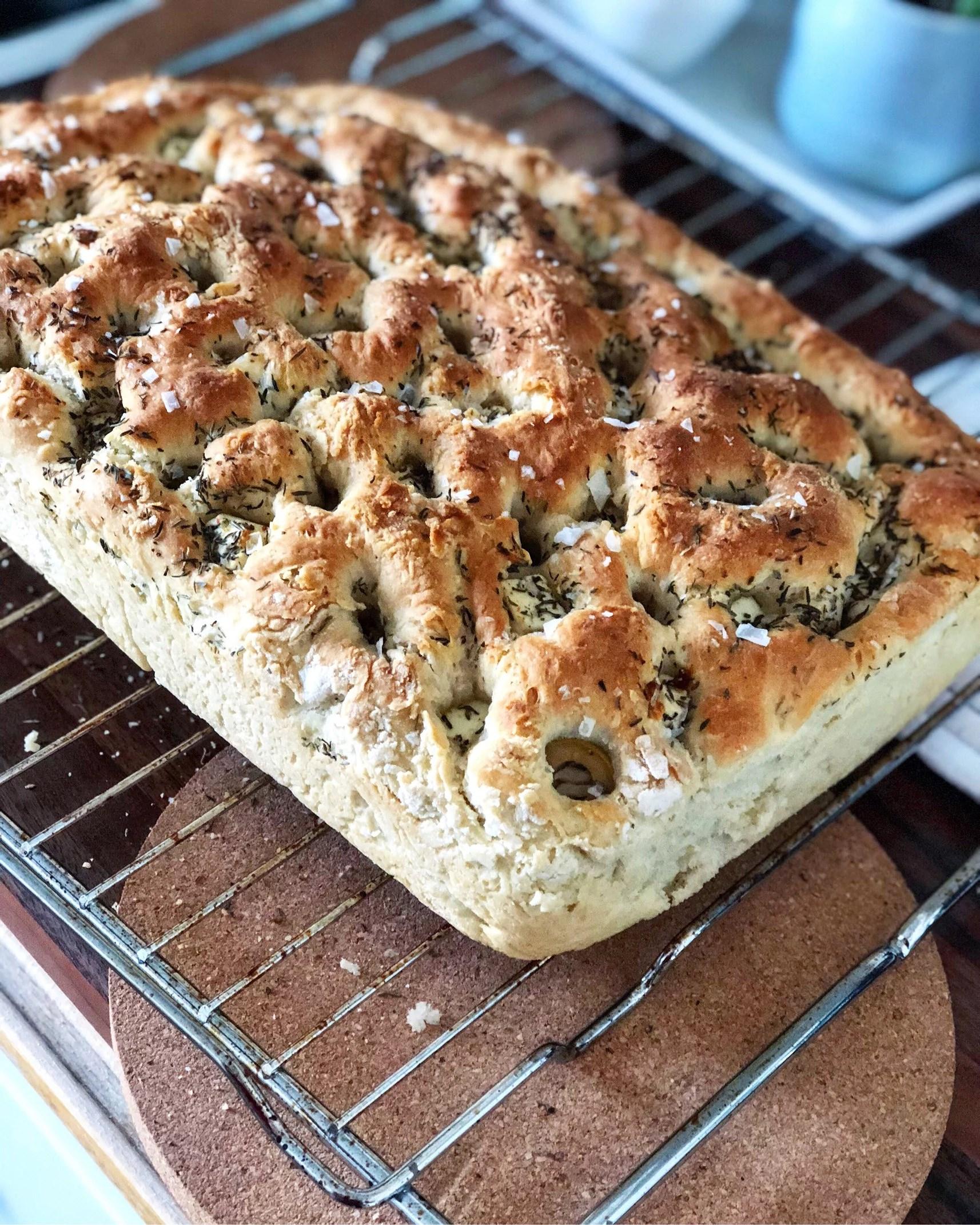 Focaccia med oliver och fetaost!
