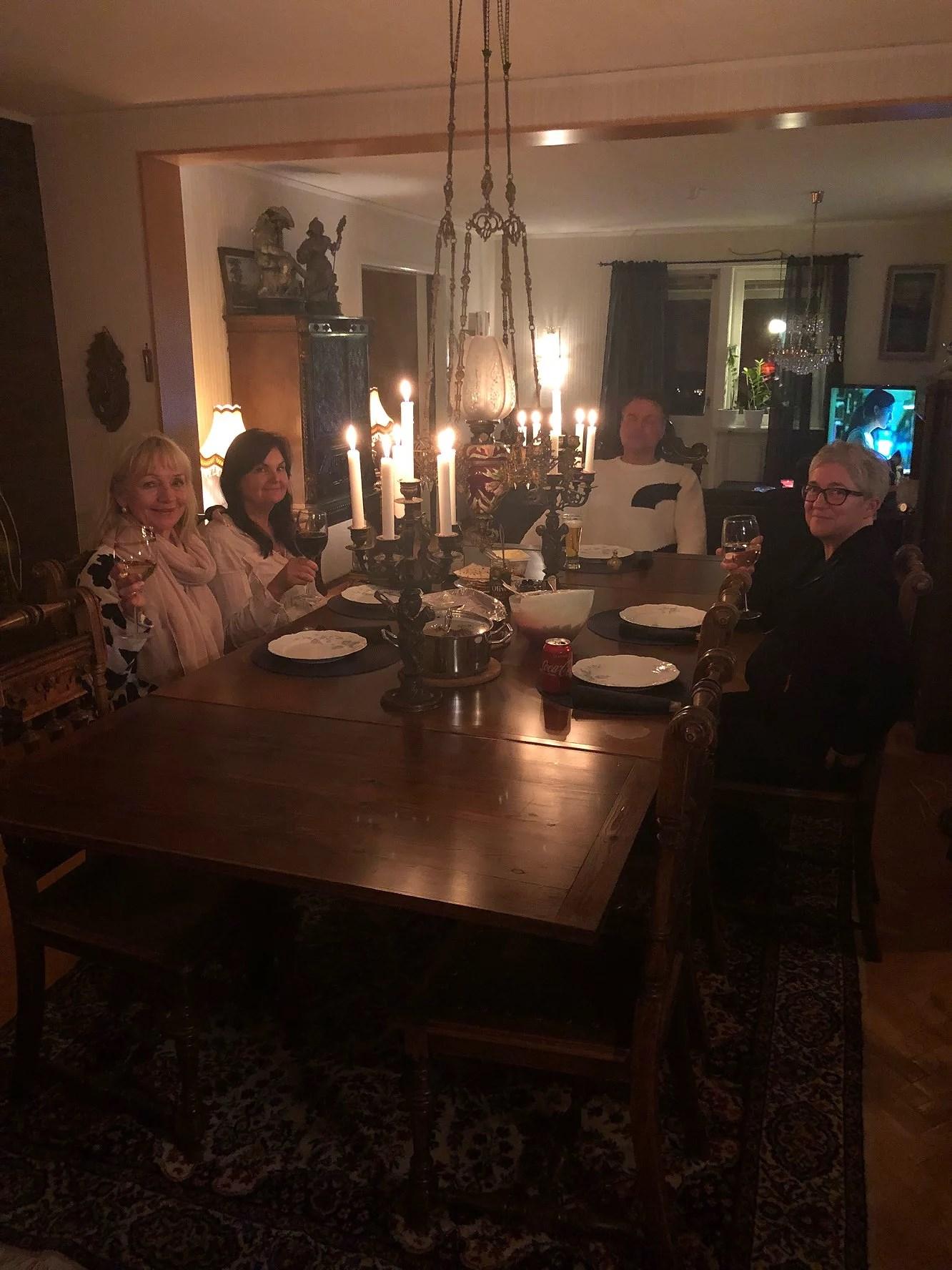Middag hos mamma och Niklas