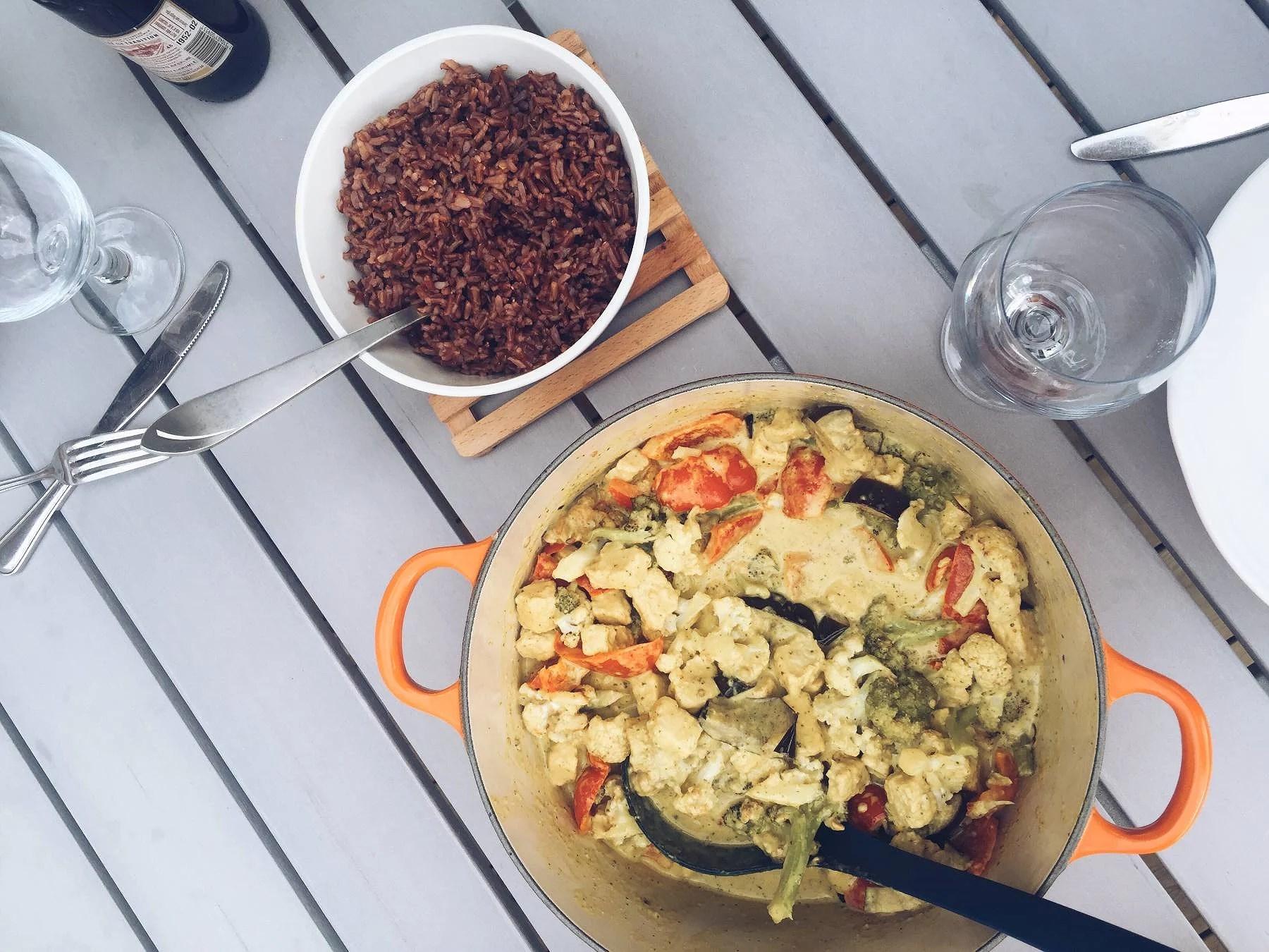 Vegetarisk currygryta med paprika och quorn