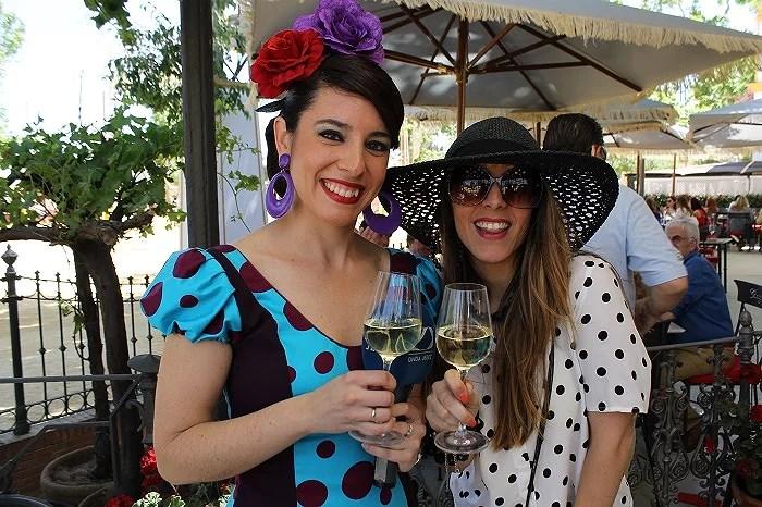 Con la maravillosa presentadora de Onda Jerez en su reportaje en directo