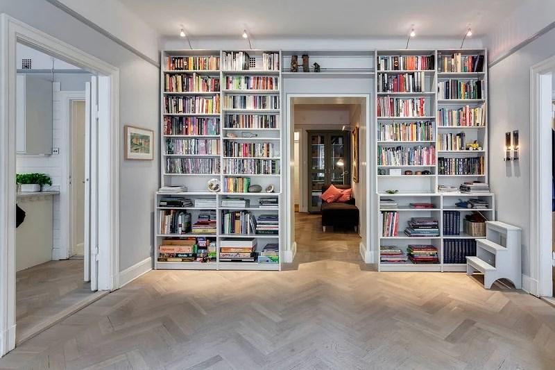 Ett stycke bokhylla Cornelias interior