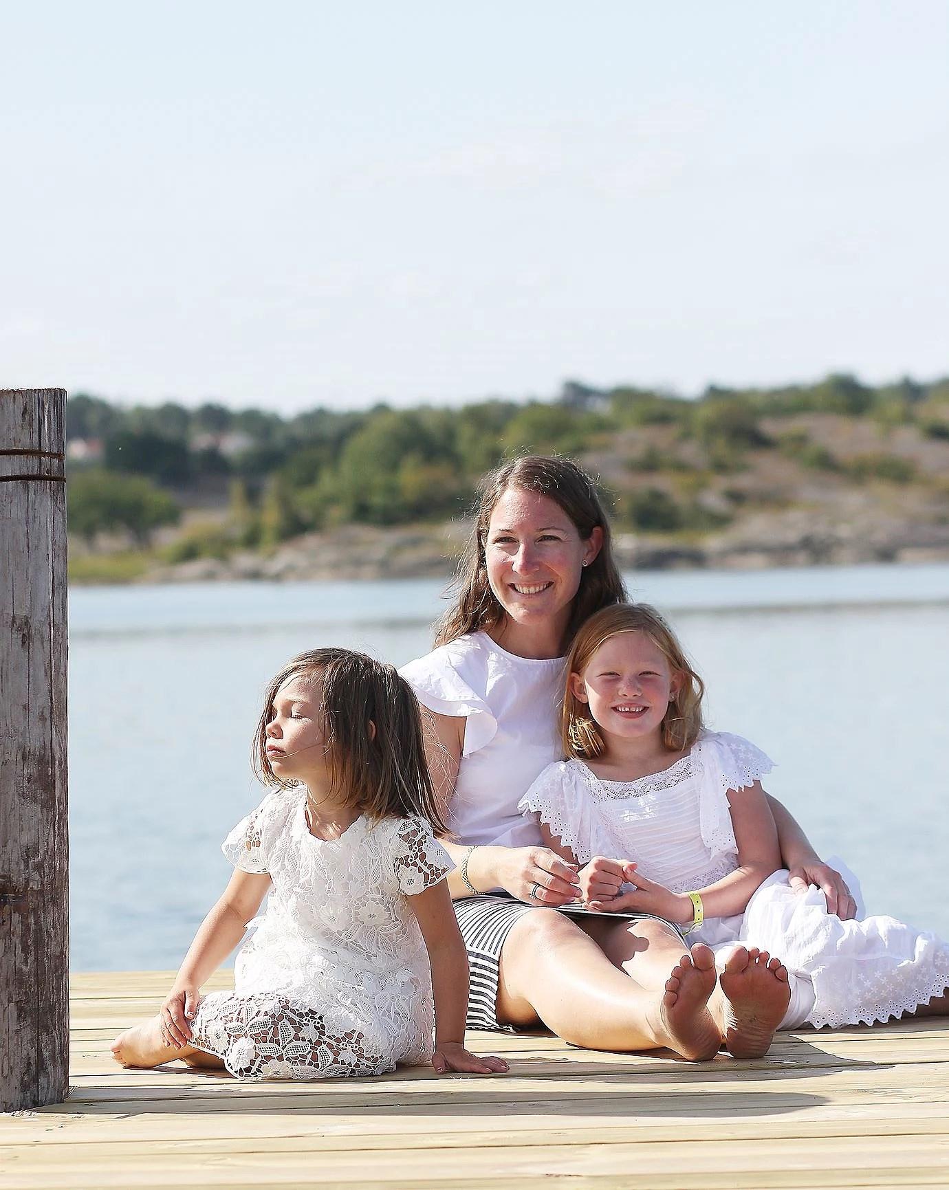 Flickorna Herbertsson