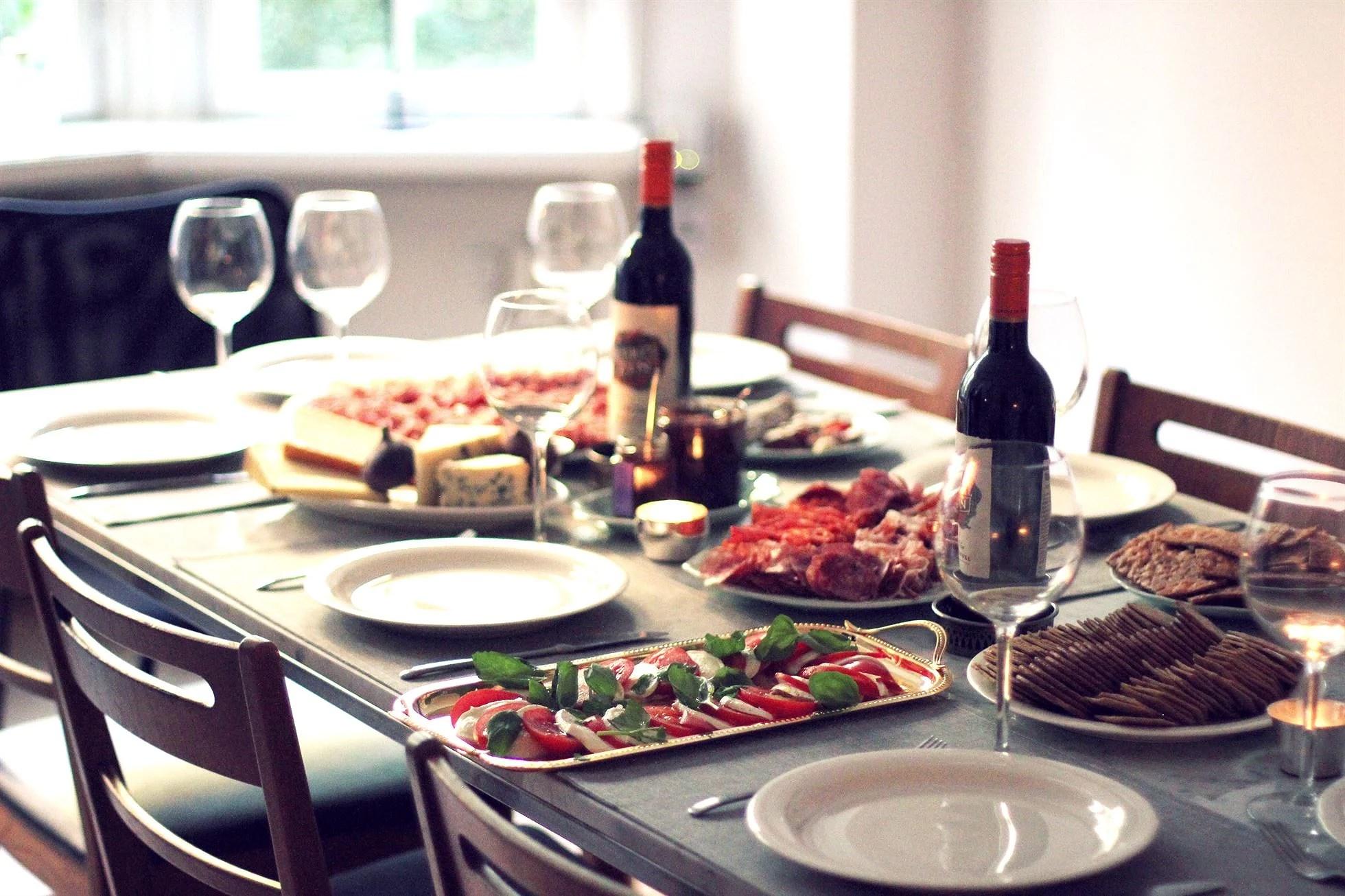 DINNER WITH METRO MODE