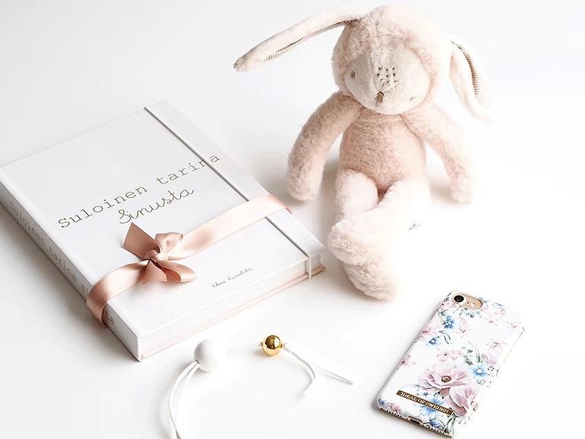 PikkuVanilja vauvakirja Suloinen tarina sinusta Veera Kautto 7