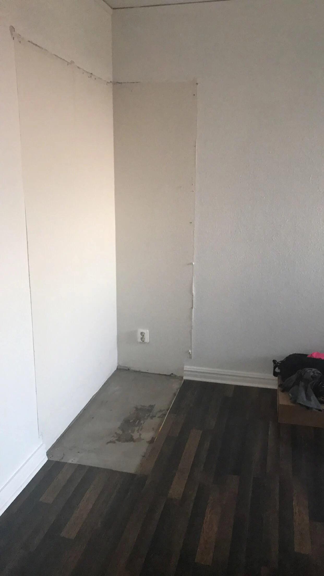 Garderoben på plats
