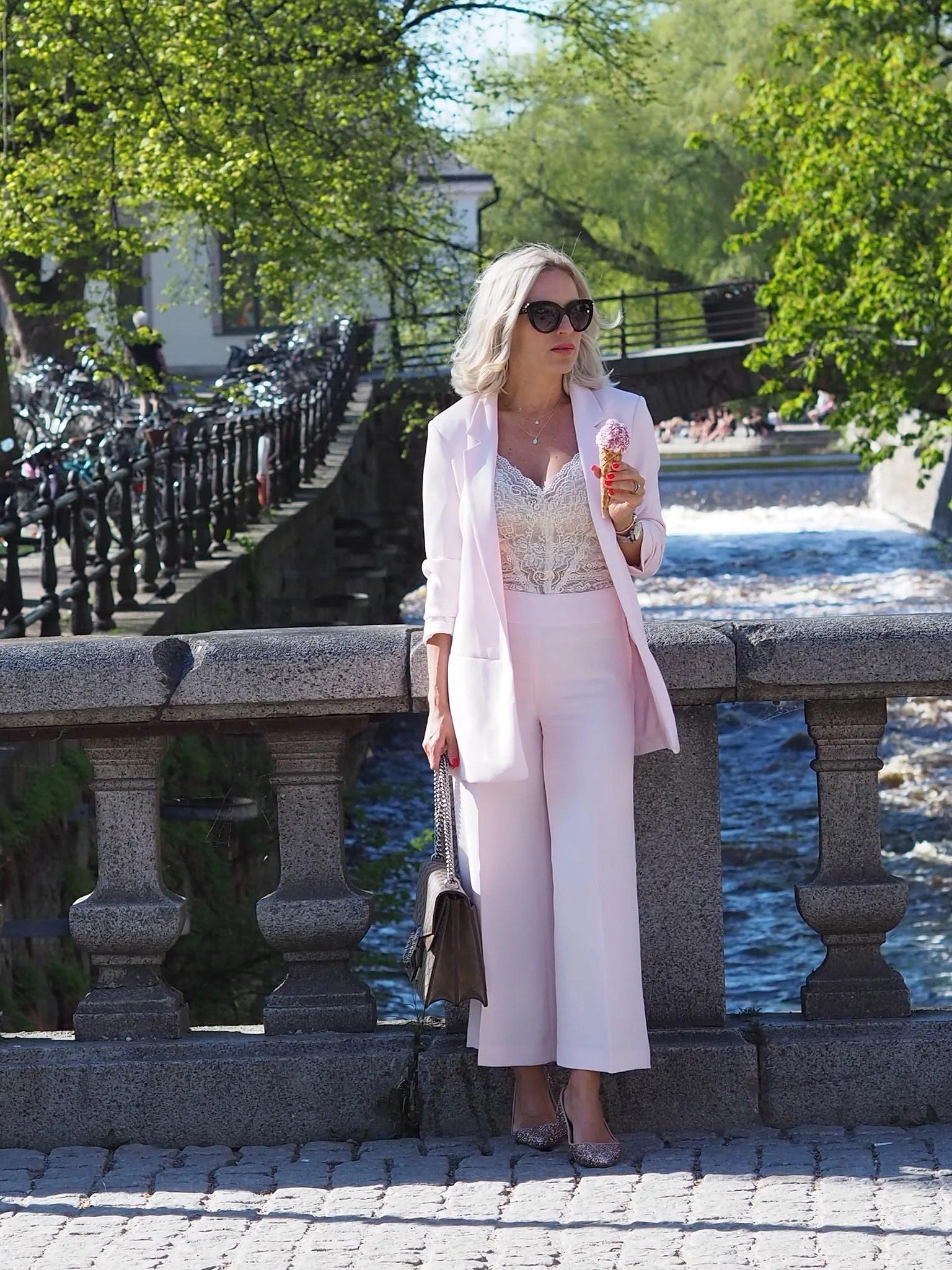 Rosa dress under 700kr