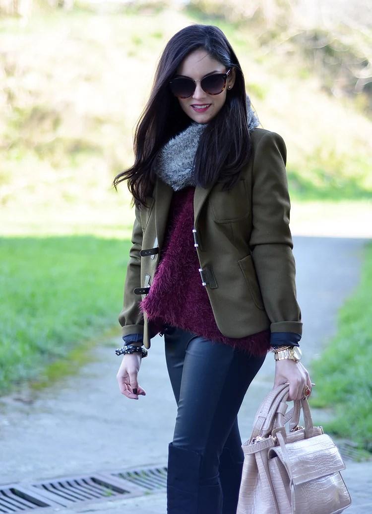 Zara_ootd_verde oliva_botas_altas_burdeos_chicwish_outfit_03