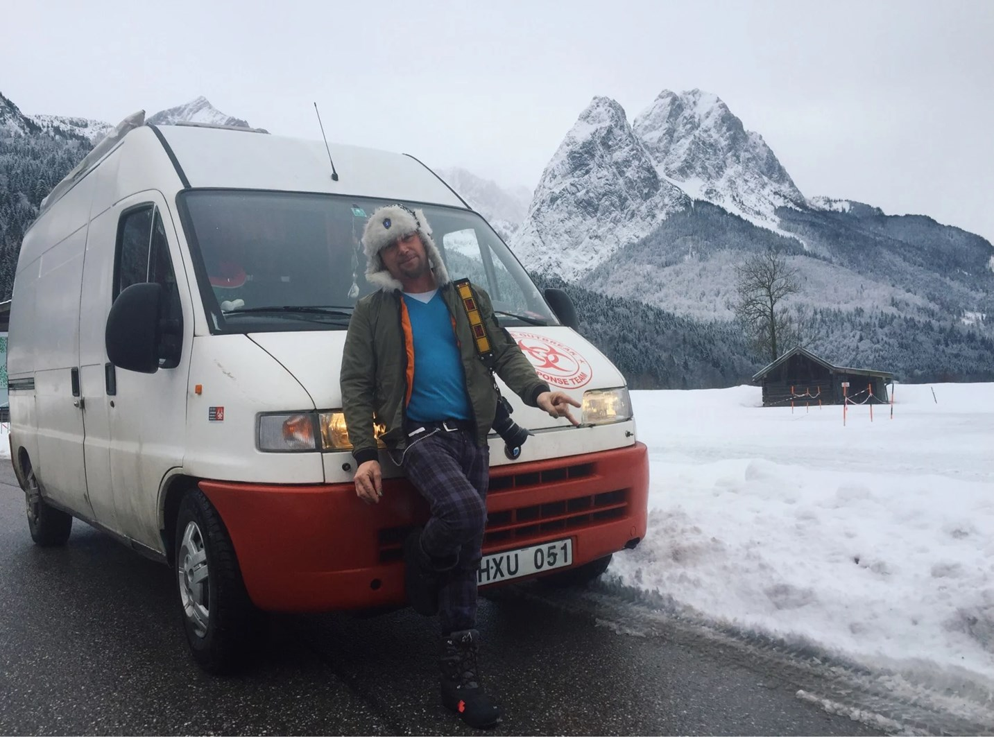 Vanlife onlylifeweknow Germany snowstorm winter mountains alps view off road landscape brennerpass Austria Italy garmish-partenkirchen