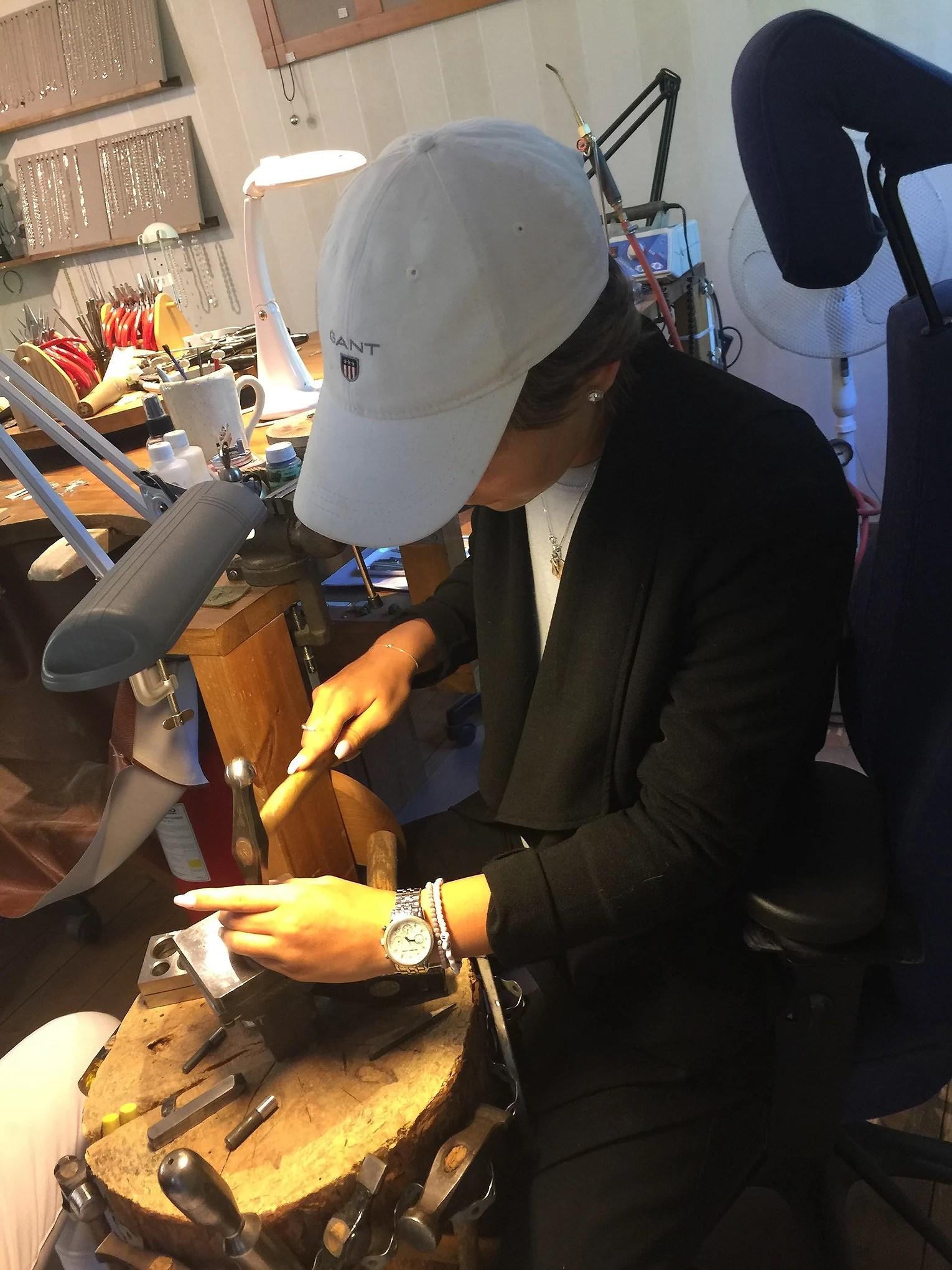 Tillverkar mitt egna smycke