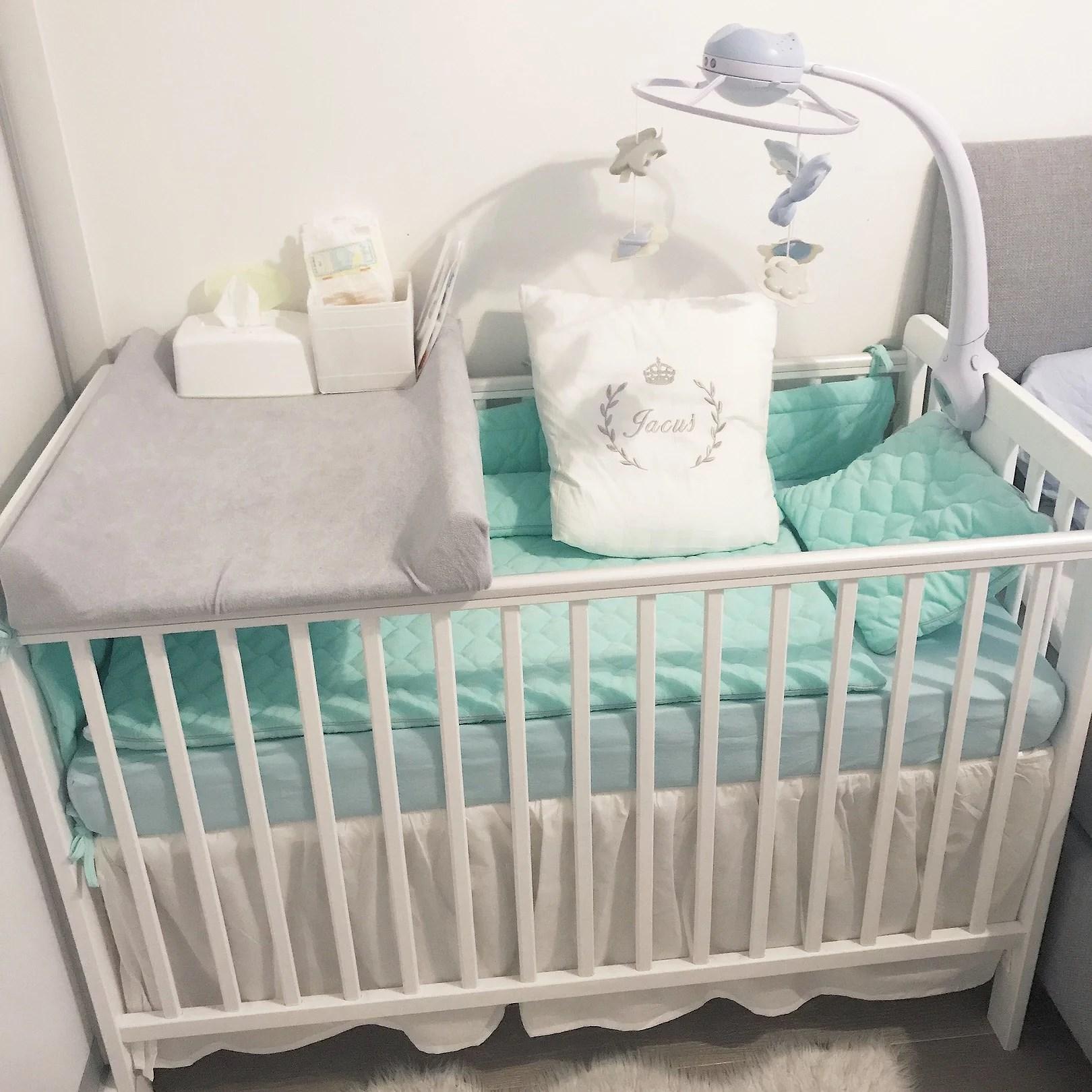 Jak wybrać łóżeczko dla noworodka?