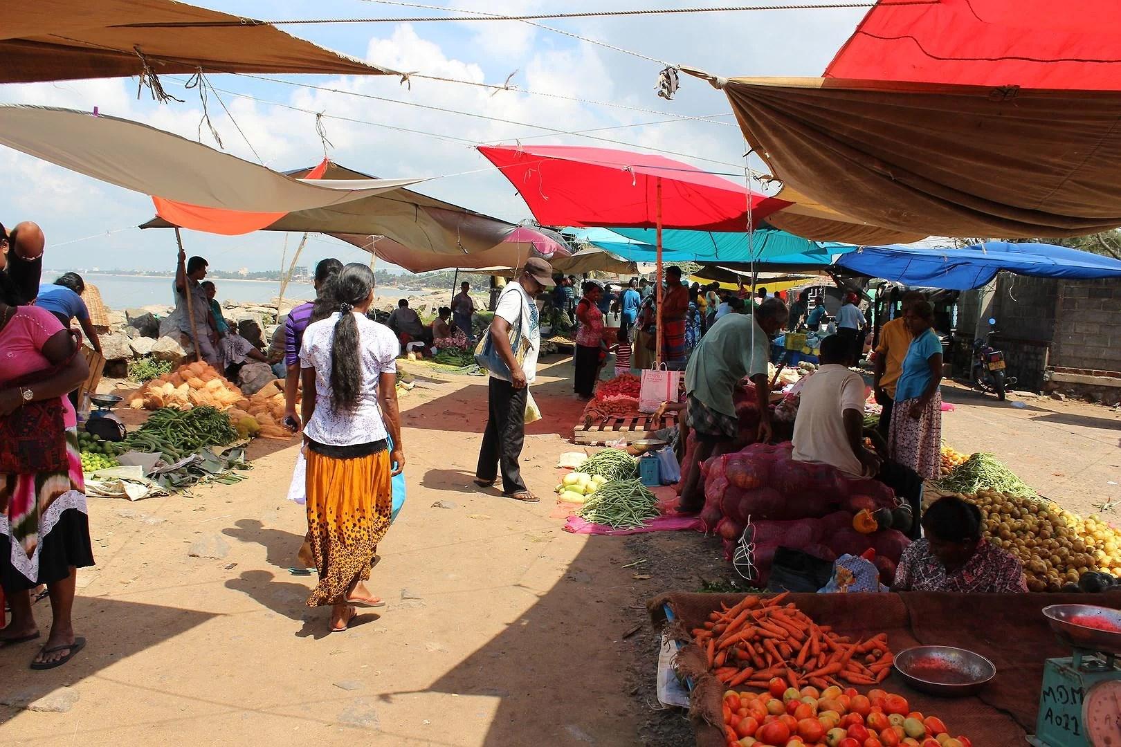 Frukt- och grönsaksmarknaden i Negombo
