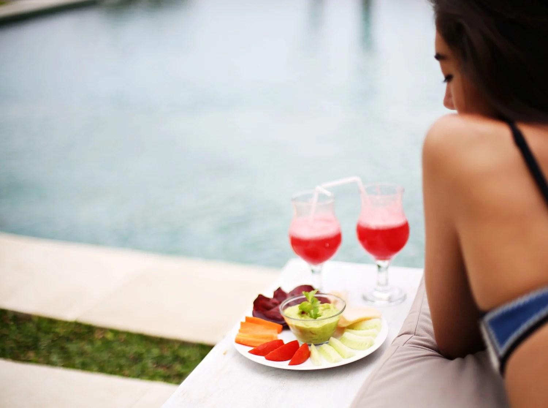 snacks by pool (4)