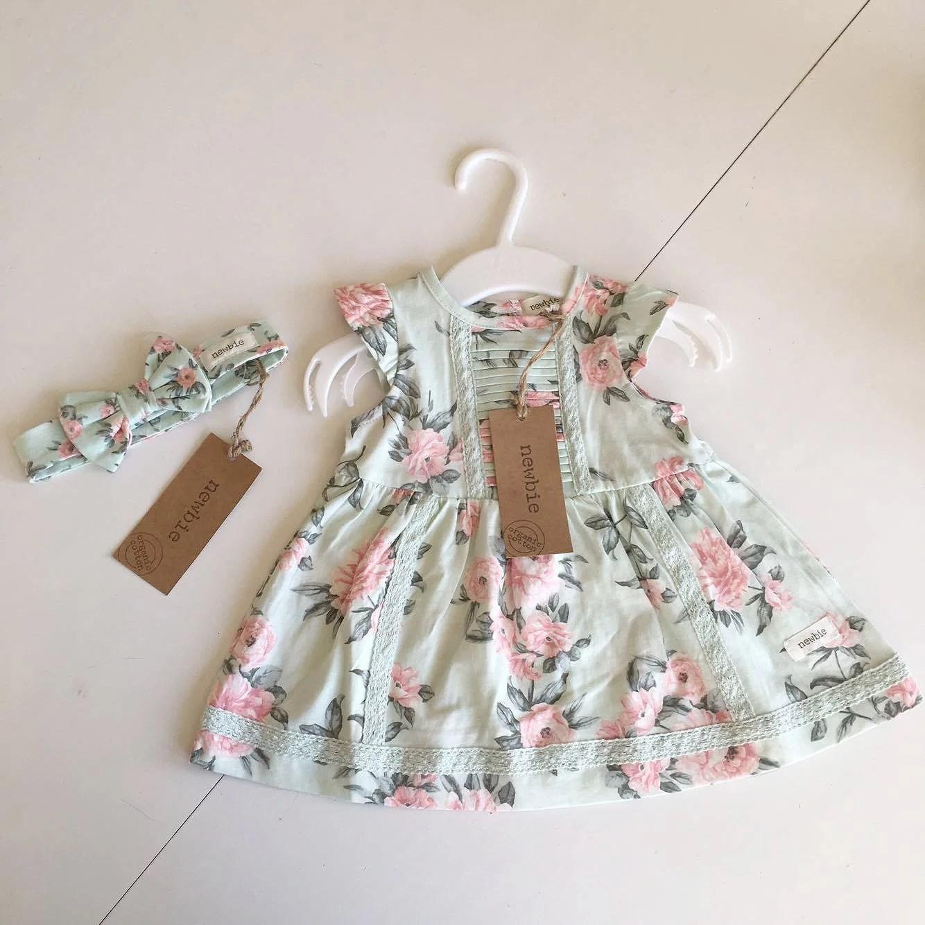 Newbie, babyshower-present